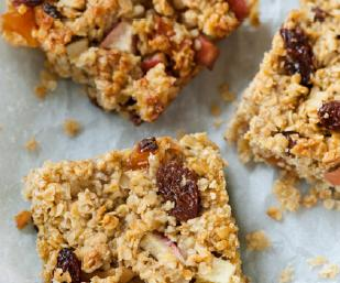 C4L Apple, apricot and sultana squares images